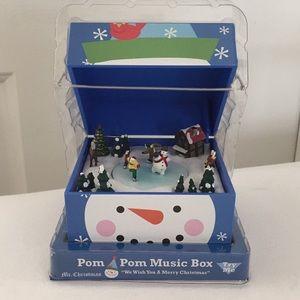 Pom Pom Music Box